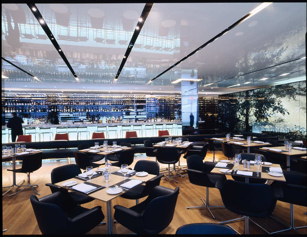 The modern dining room museum of modern art moma new for Restaurant moderne